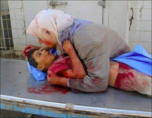خردسال شهید سوری در آغوش مادر